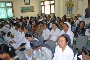 Para peserta KE saat mendengarkan penjelasan narasumber