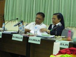 Konsultasi di sela-sela waktu sidang